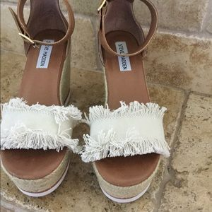 Steve Madden size 8 style name Valley wedges